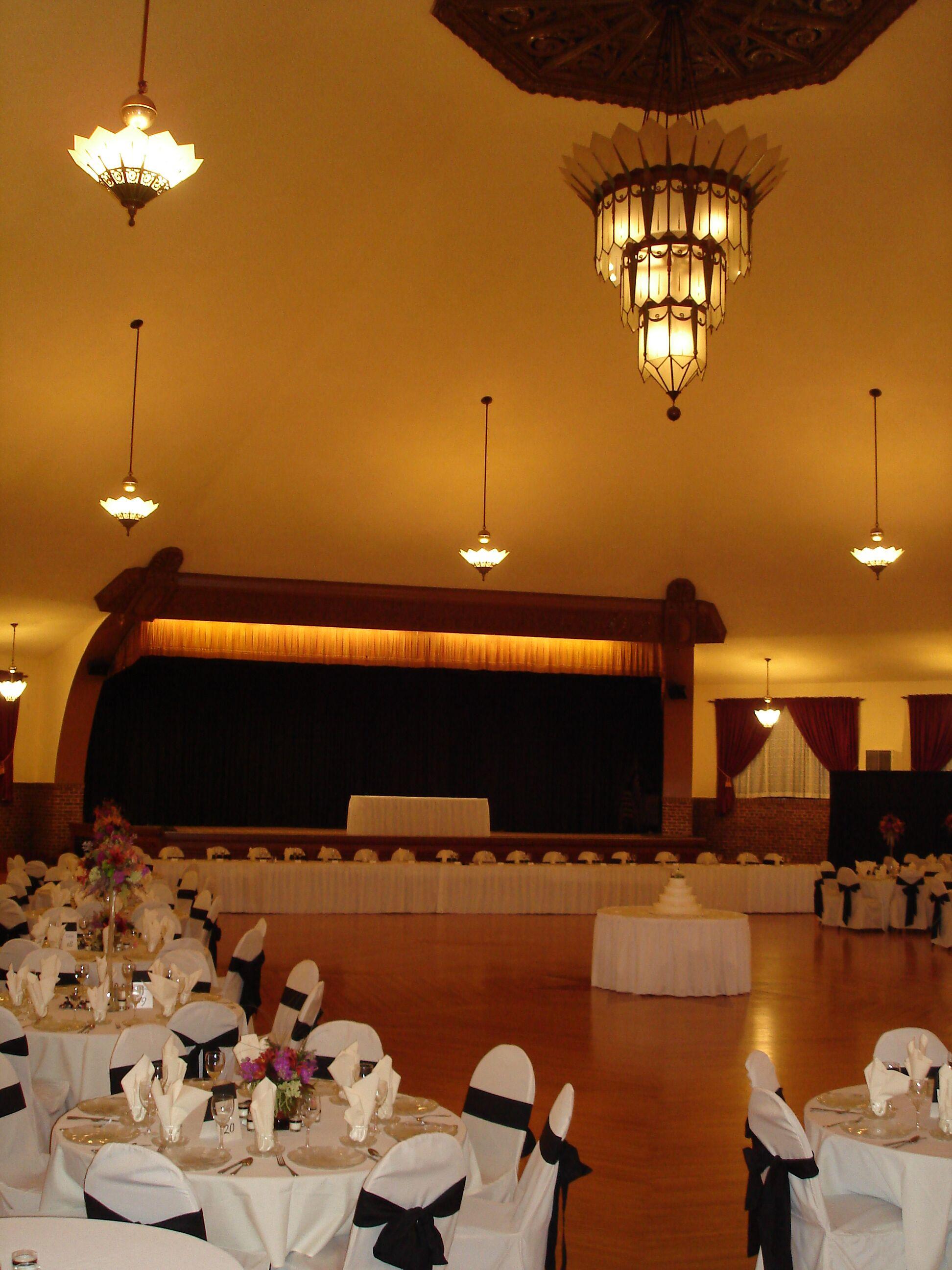 Chandelier Ballroom Hartford WI