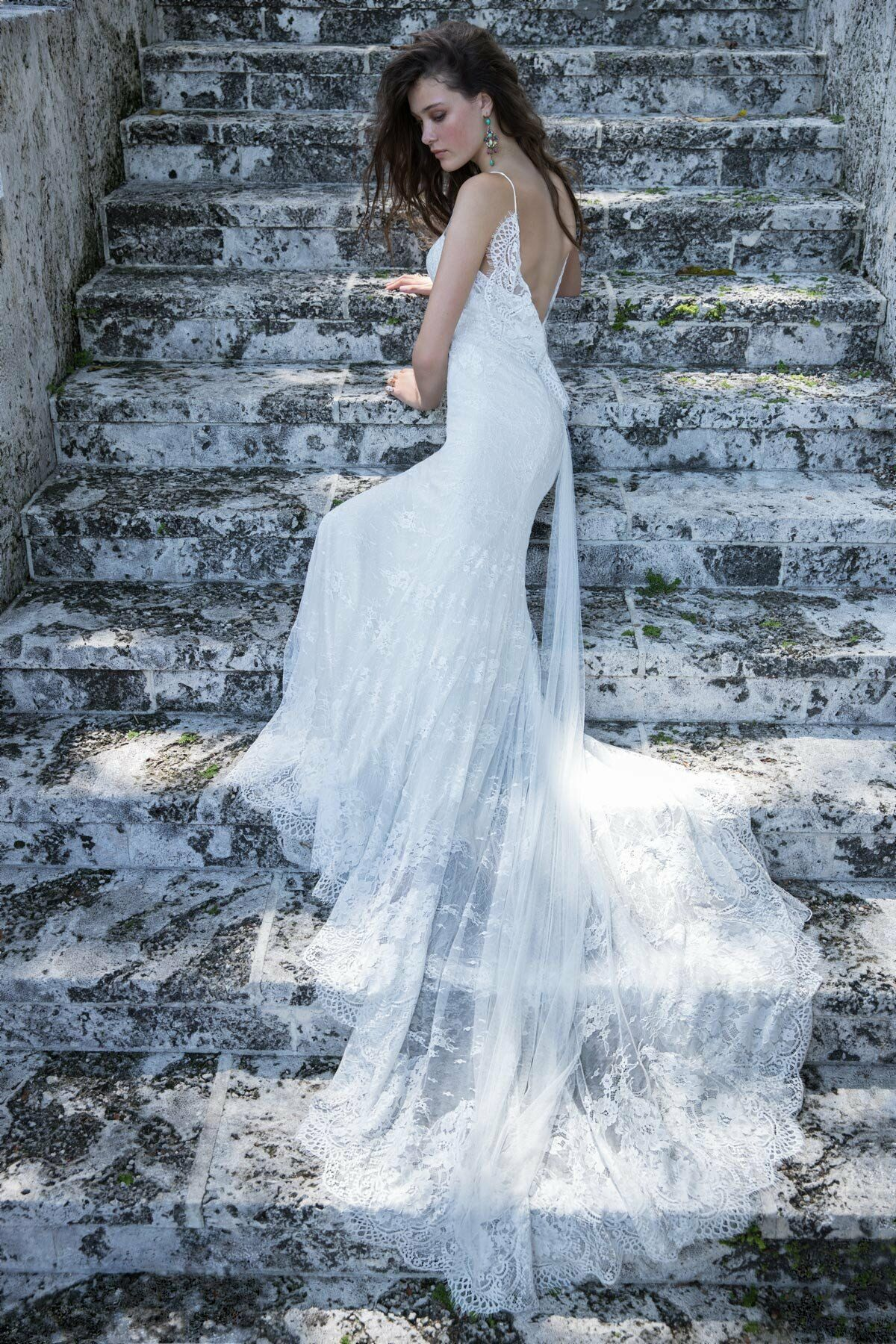Unusual Vows Wedding Dresses I Found The Gown Contemporary - Wedding ...