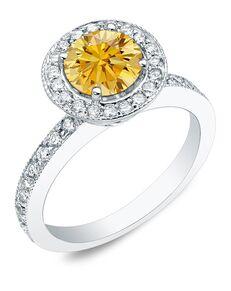 DiamondWish.com Classic Round Cut Engagement Ring