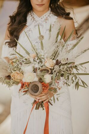 Rustic Desert Bouquet with Roses, Leaves and Dried Flowers