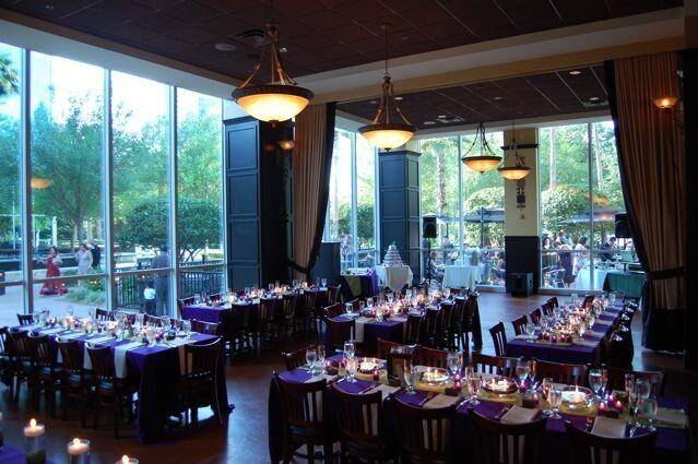 310 Lakeside Restaurant