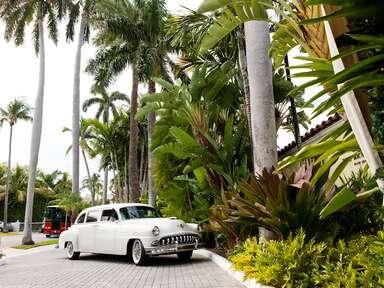 Destination wedding car for transportation
