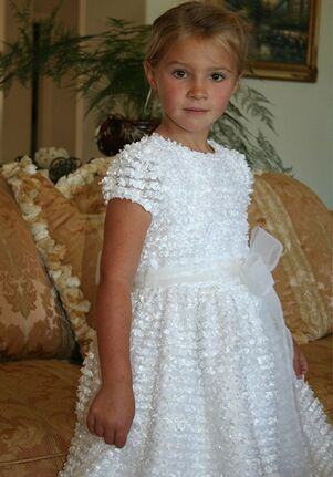 Isabel Garretón Distinct White Flower Girl Dress