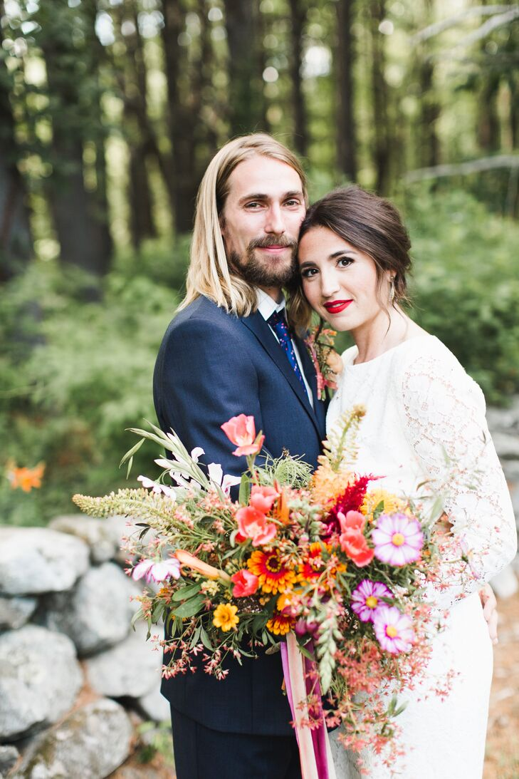 Francesca Balboni (28 and an art history PhD candidate) and Matthew Flagg (27 and a biology PhD candidate) pulled off a bohemian backyard bash with vi