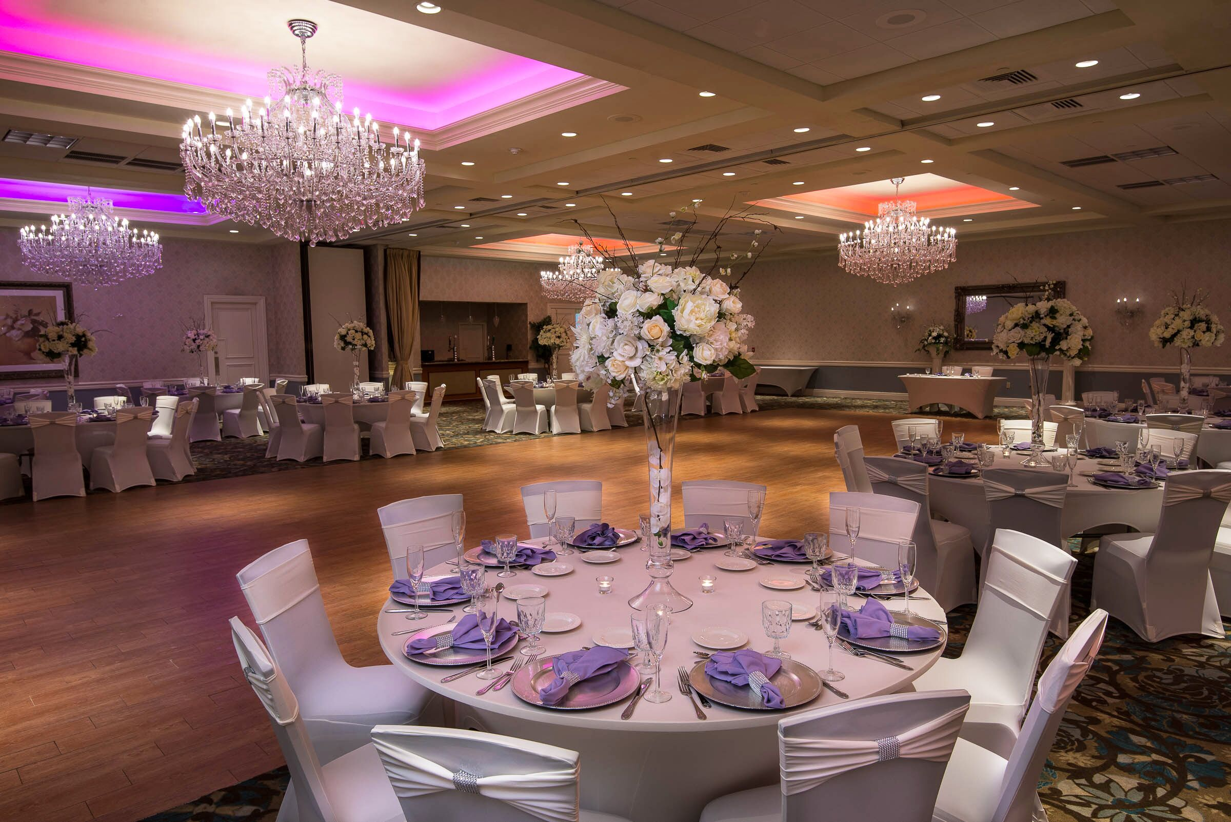 Wedding reception venues in farmingdale nj the knot crystal ballroom at the radisson hotel of freehold arubaitofo Images
