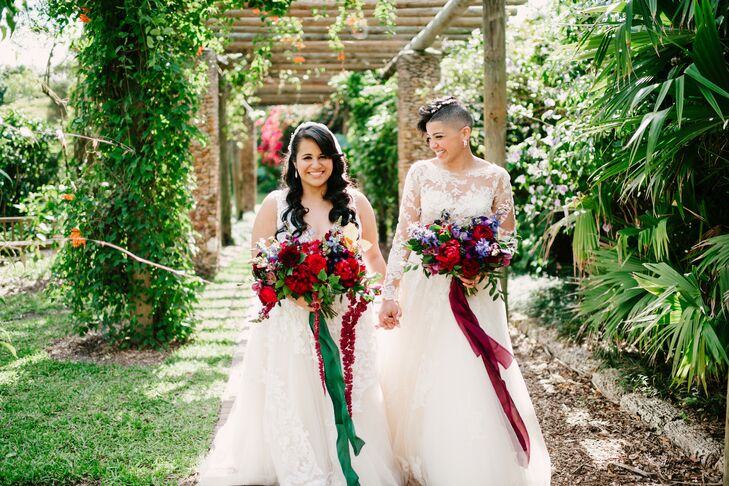 """Given their """"very special appreciation for nature, trees and flowers,"""" exchanging vows in a botanical garden was a simple choice for Yasmin Gomez (35"""
