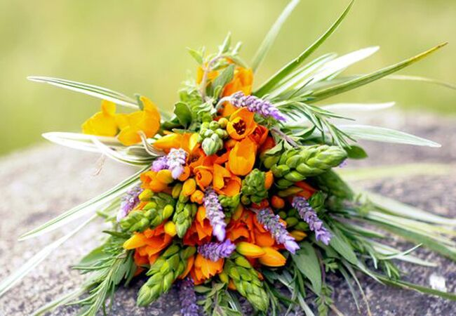 Tropical bridal boquet