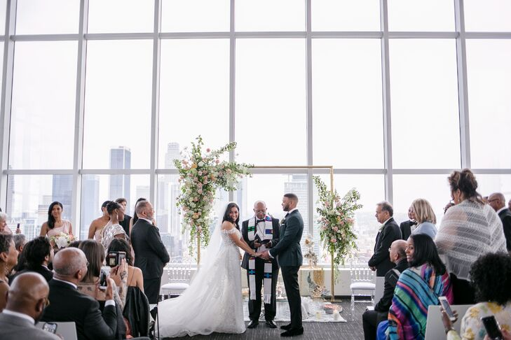 Modern Ceremony with Skyline Views at SkyStudio in Los Angeles, California