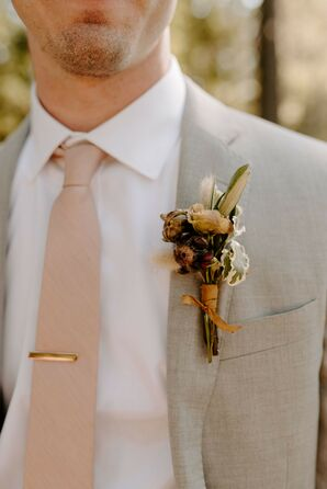 Boutonniere for Wedding at Tin Roof Barn in White Salmon, Washington