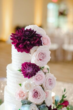 Flower-Clad Wedding Cake at the University of Illinois