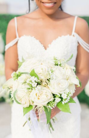 Classic White Bouquet for Wedding at The Faulkner in Jackson, Mississippi