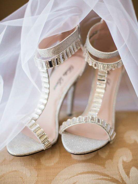 Metalic bridal heels