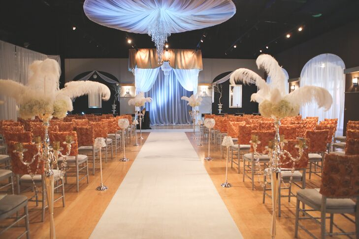The couple worked with a gold, black and white color palette to accomplish their Great Gatsby theme.