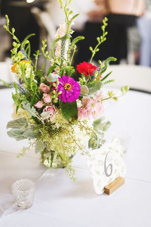 Bright Garden-Inspired Centerpieces