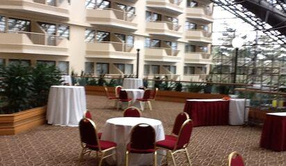 Doubletree By Hilton Newark Airport Reception Venues Newark Nj