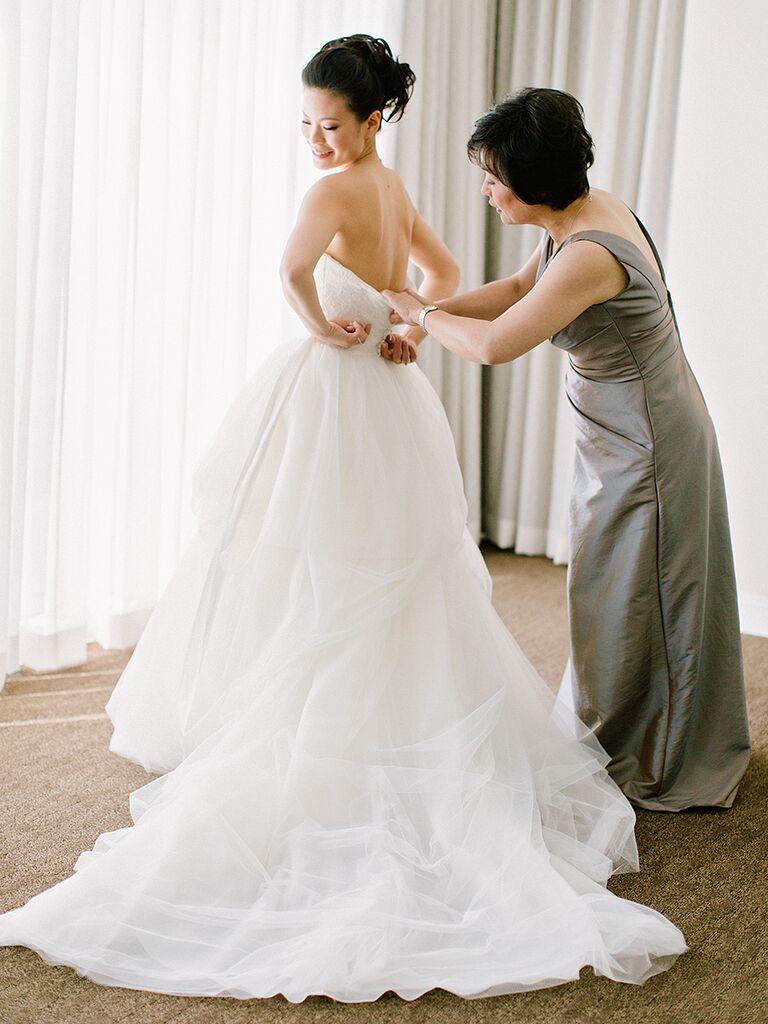 15 Sweet Wedding Photography Poses