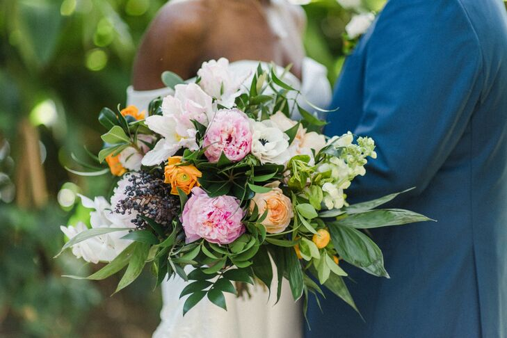 Colorful Bouquet for Wedding at Tavares Pavilion on the Lake in Florida