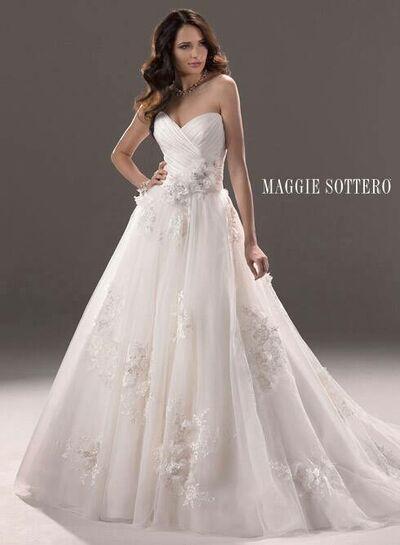 Prado Bridal and Formal Wear