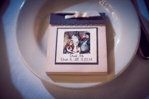 Alice in Wonderland-Themed Wedding Reception Favors