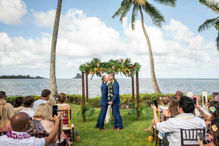 Hawaii Wedding and Marriage Stats