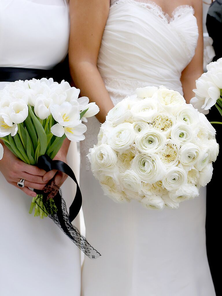 20 romantic white wedding bouquet ideas white bridal bouquet with garden roses and ranunculus and bridesmaids bouqets with tulips izmirmasajfo