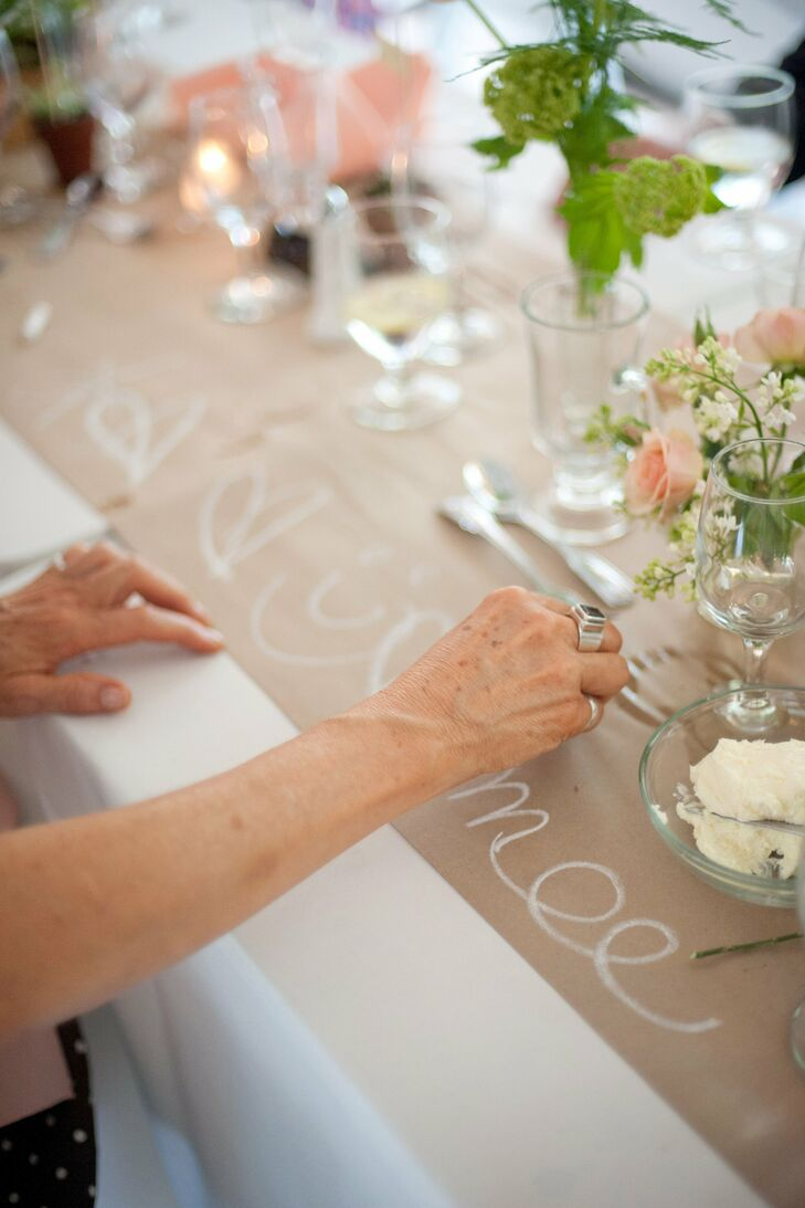 Guests could doodle or leave messages on the fun Kraft paper table runners.