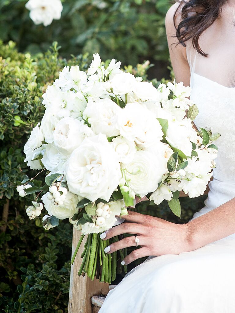 20 romantic white wedding bouquet ideas romantic white wedding bouquet with ranunculus garden roses and sweet pea izmirmasajfo