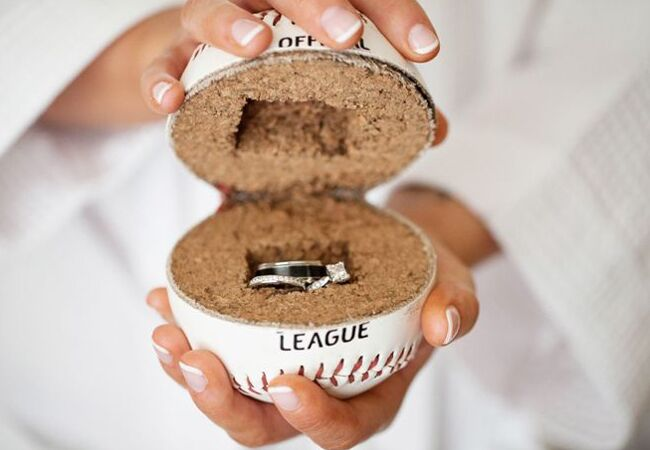 17 Of The Most Creative Baseball Wedding Ideas We\'ve Ever Seen!