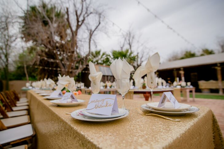Gold Metallic Table Linens and Thank You Place Cards