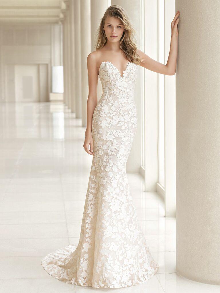 Rosa Clará Fall 2018 wedding dresses strapless column gown with appliqués