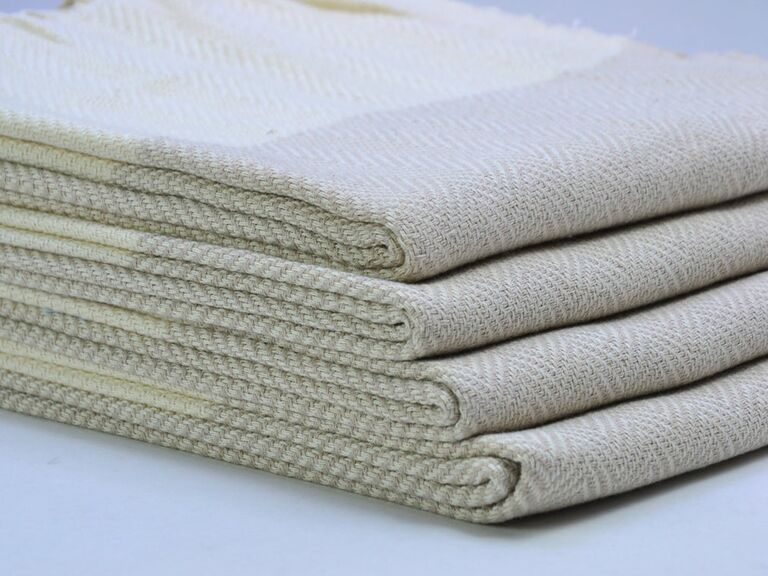Handwoven cotton towels for rainy wedding day
