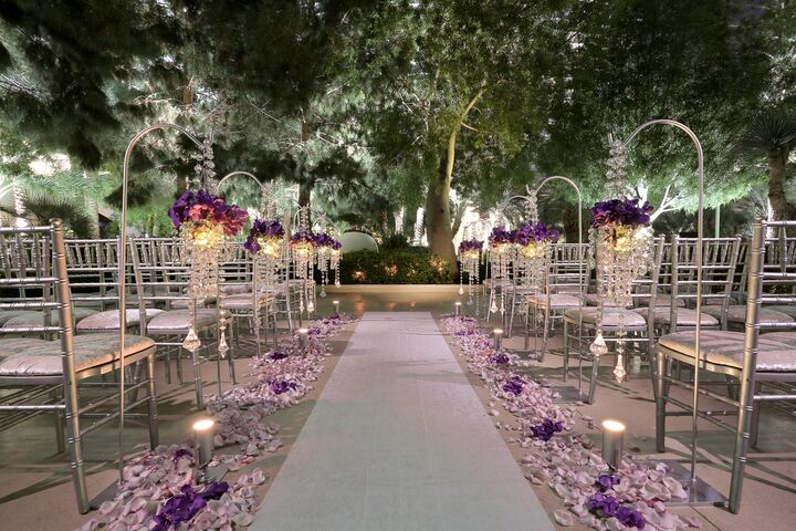 The wedding chapel at aria resort and casino las vegas nv for Las vegas mansion wedding venues