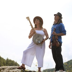 White River Junction, VT Bluegrass Band | Jes Raymond & The Blackberry Bushes