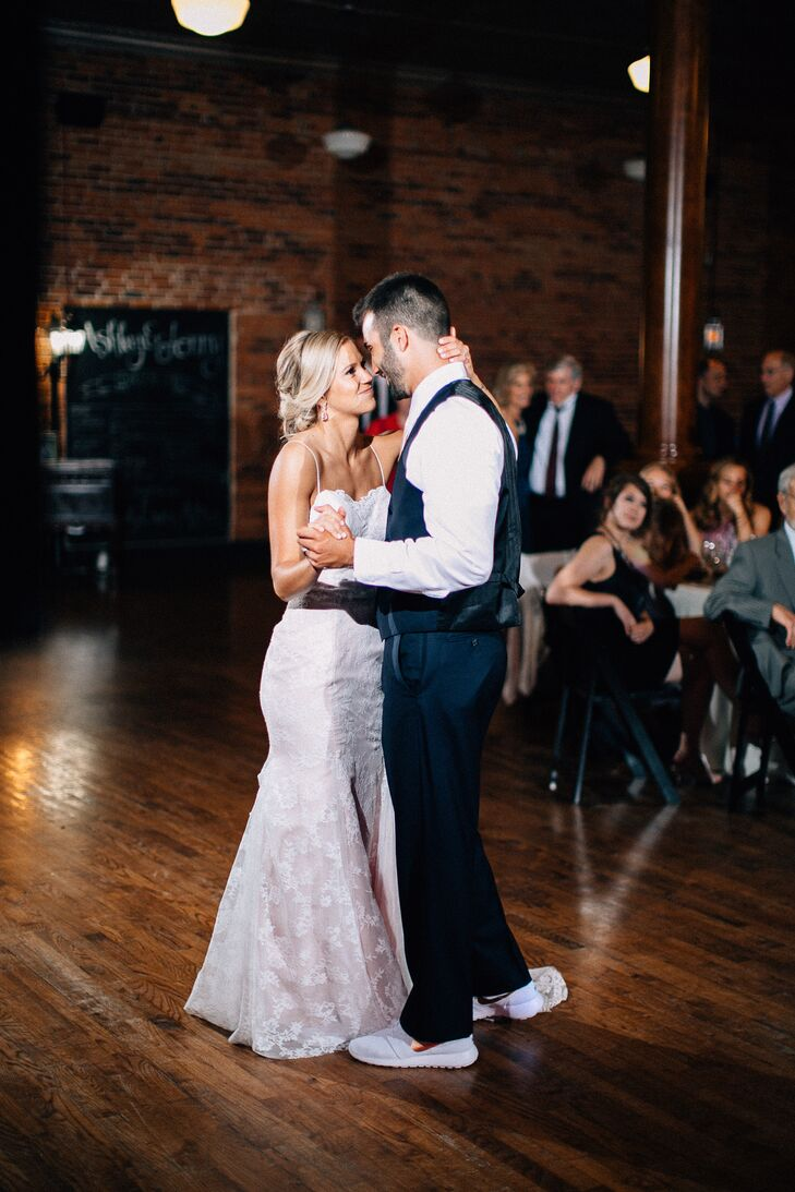 """Ashley and Jonny's first dance was to Kip Moore's """"Lead Me,"""" one of the groom's favorite artists."""