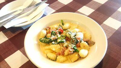 Lorna's Italian