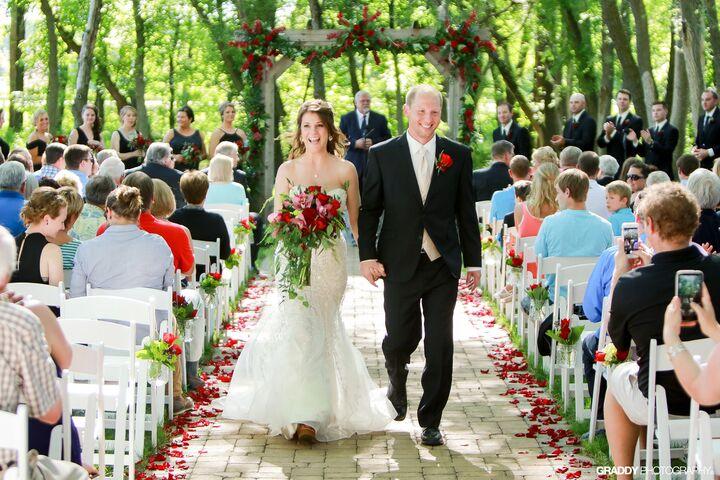 Carlos Creek Winery - Top Alexandria, MN Wedding Venue
