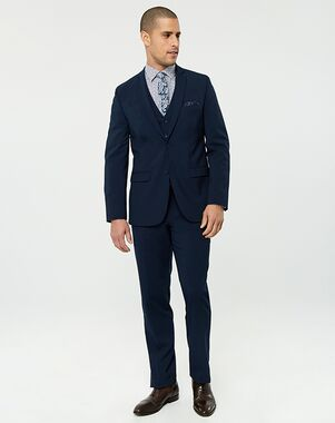 Le ChÂteau Wedding Boutique Tuxedos