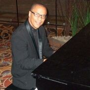 Farmington Hills, MI Jazz Piano | Terrence Lester