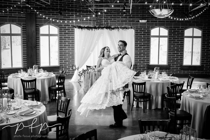 River Room On The Milwaukee Reception Venues Grafton Wi