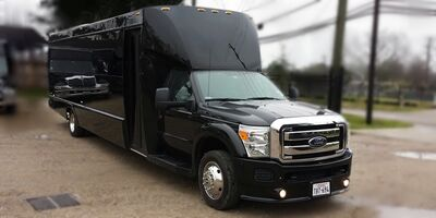 D-Lux Luxury Limos and Party Buses of Dallas/Fort Worth