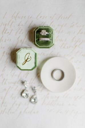 Wedding Rings in Green Velvet Box