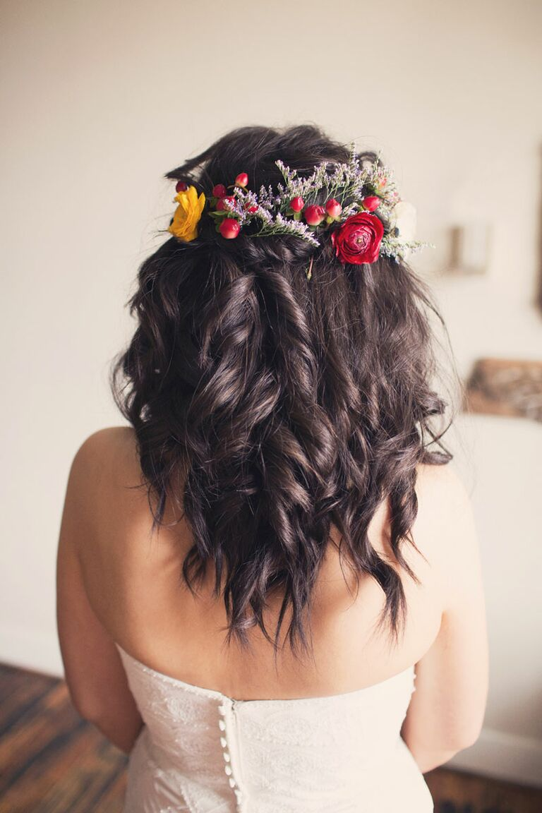 Flower Crown Wedding Hairstyles For Brides And Flower Girls