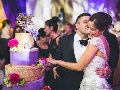 wedding cake cutting reception