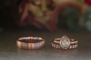 Modern Gold Wedding Band and Teardrop Engagement Ring