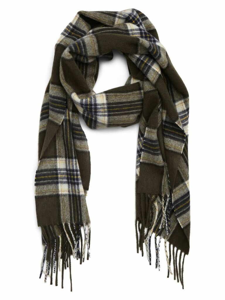 J.Crew plaid cashmere scarf romantic gift for wife  sc 1 st  The Knot & 60 Romantic Gifts for Your Wife
