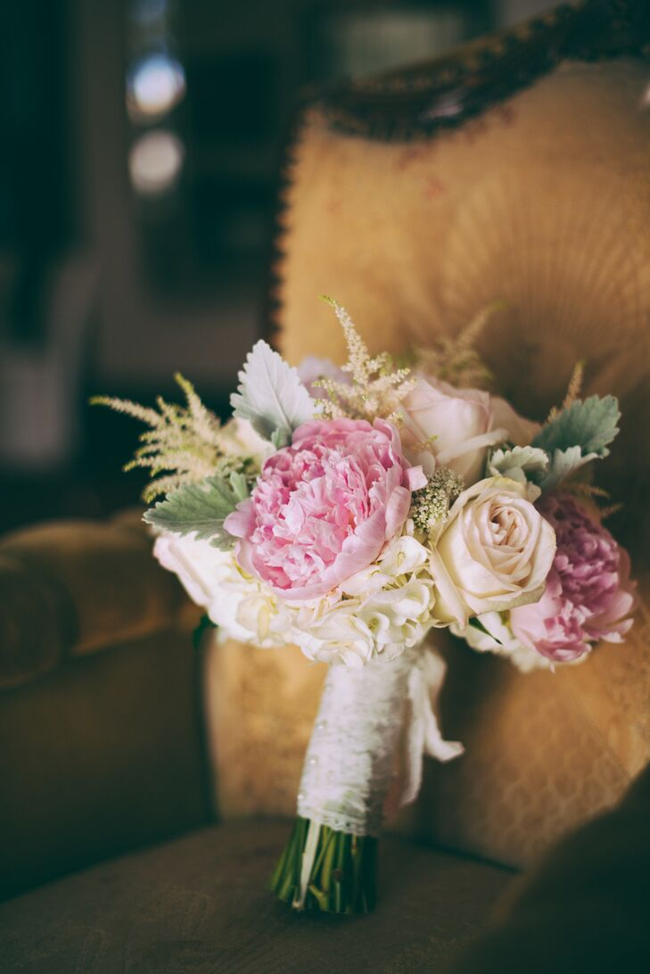 """""""The flowers were one of my favorite parts, they were just so beautiful and our florist nailed the style I was going for. Blush peonies, Queen Anne lace, carnations, hydrangeas and roses were used for bouquets and arrangements."""""""