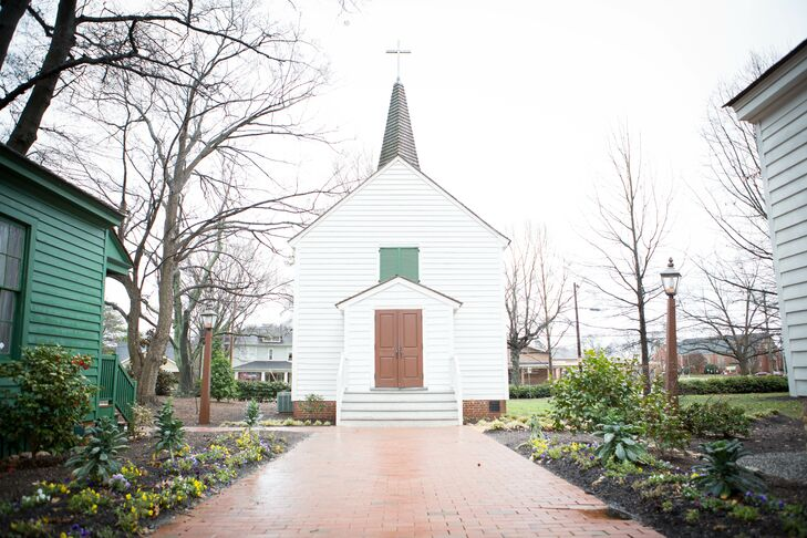 "Tricia and Matthew were surprised by the chapel's charm and the entire grounds of Mordecai. ""There is something special to me about historical places,"" says Tricia. ""They each have a story, and I wanted to be a part of this chapel's story!"""