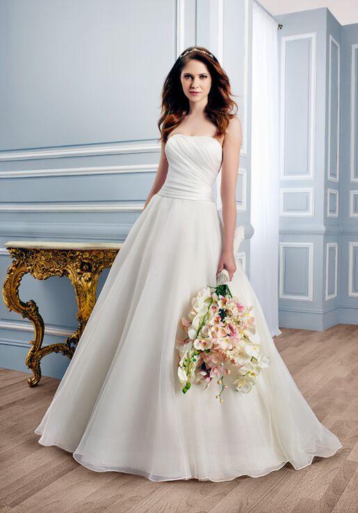 c8f4e6c02d Moonlight Tango T746 Wedding Dress - The Knot
