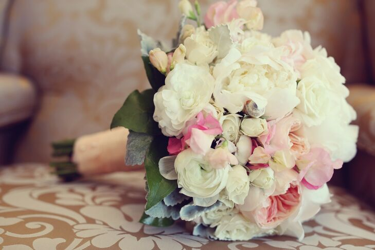 Monika carried a bouquet of peonies, English garden roses and white sweet peas.
