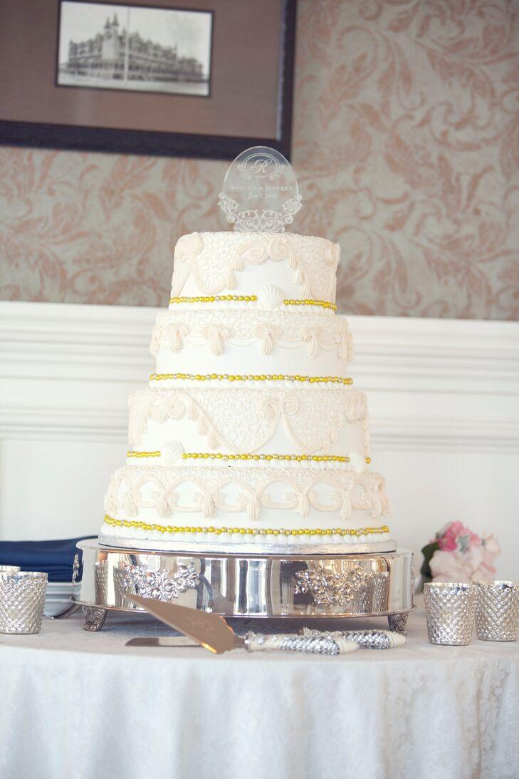 Champagne and Gold Fondant Wedding Cake